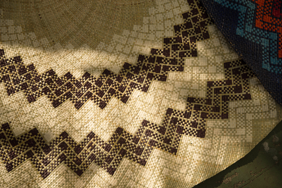 Natural Brown Circular Mat - Woven Crafts