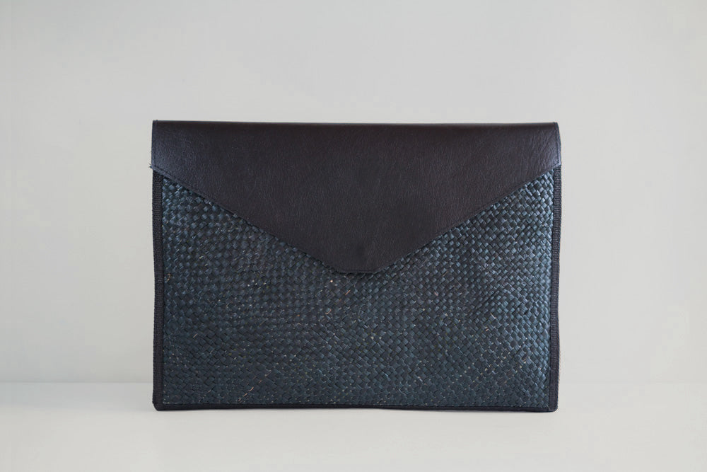All Black Laptop Sleeve - Woven Crafts
