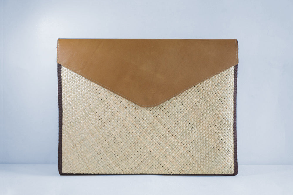 Natural (Tan) Laptop Sleeve - Woven Crafts