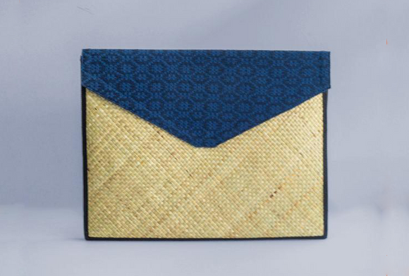 Luna Laptop Sleeve - Woven Crafts