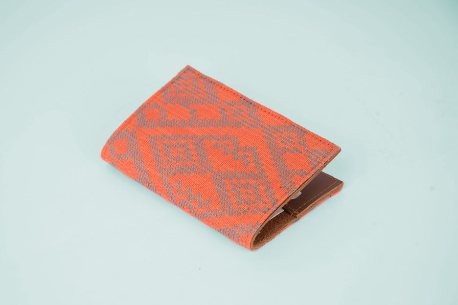Tuklas Passport Sleeve