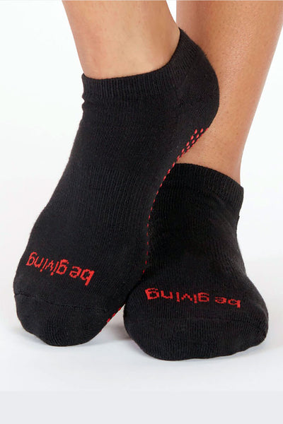 Be Giving Grip Socks - Black/Red Berry