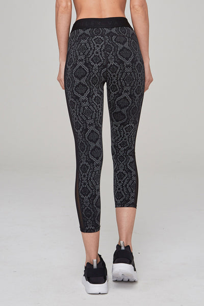 Varley Alden Cropped Tight - Midnight Python - Sculptique