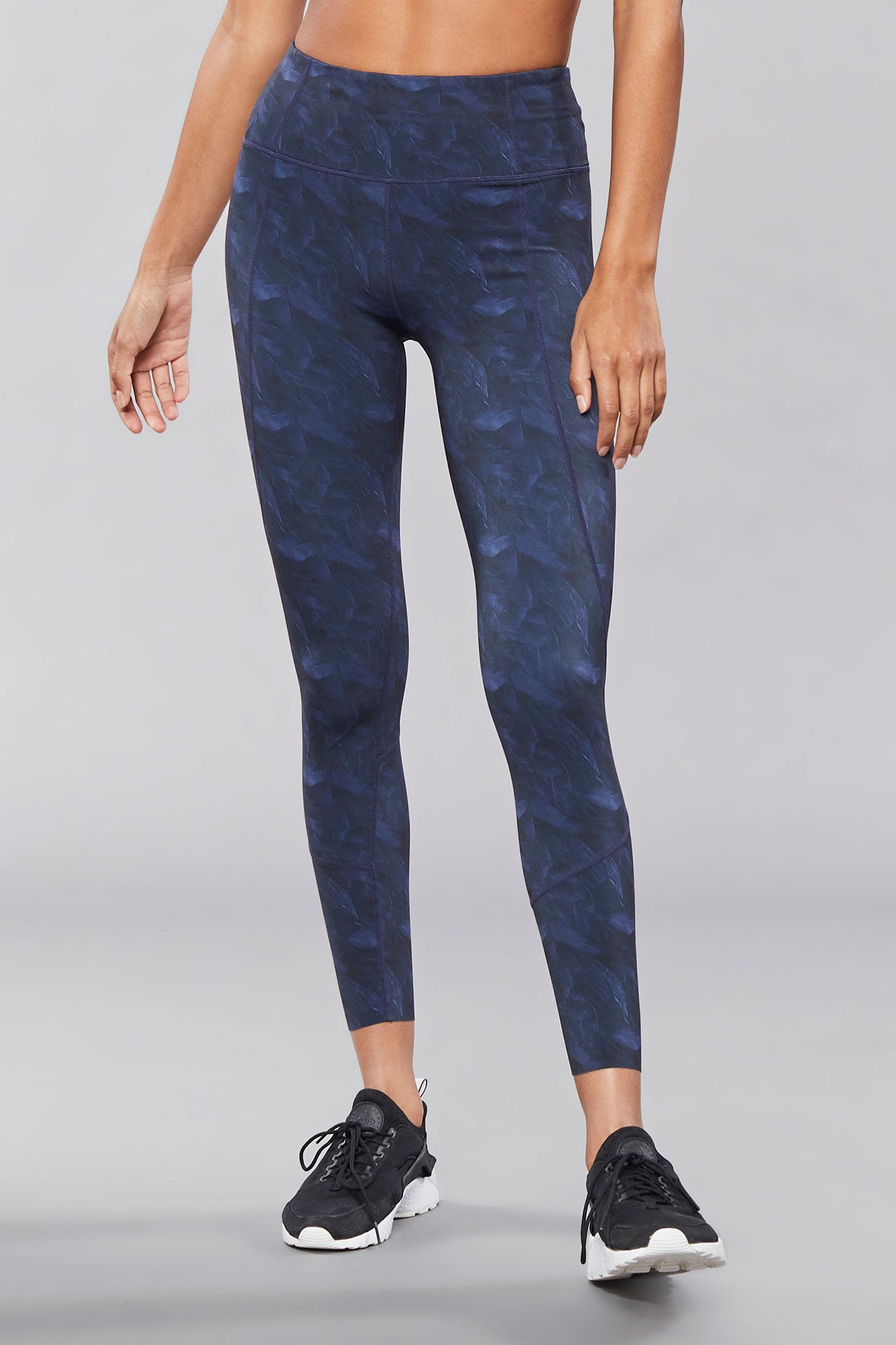 Varley Bedford Tight - Navy Feathers - Sculptique