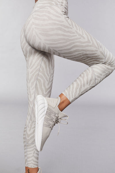 Varley Bedford Tight - Silver Zebra - Sculptique