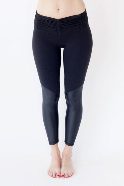 Chill by Will Blessed Legging - Black/Black - Sculptique
