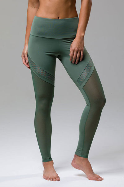 Onzie Chrome Legging - Sage - Sculptique