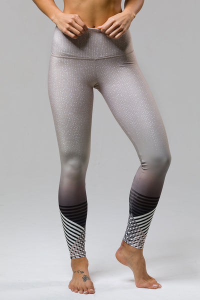 High Rise Graphic Legging - Luxe