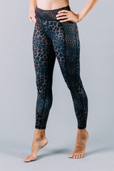 Vie Active Whitney 7/8 Legging - Bronze Leopard - Sculptique