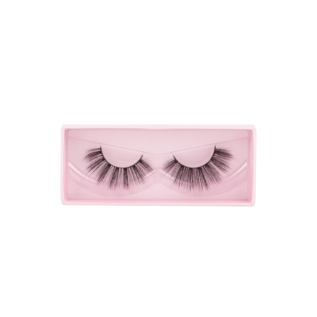 """TAKE THE SPOTLIGHT"" 3D SILK LASHES"