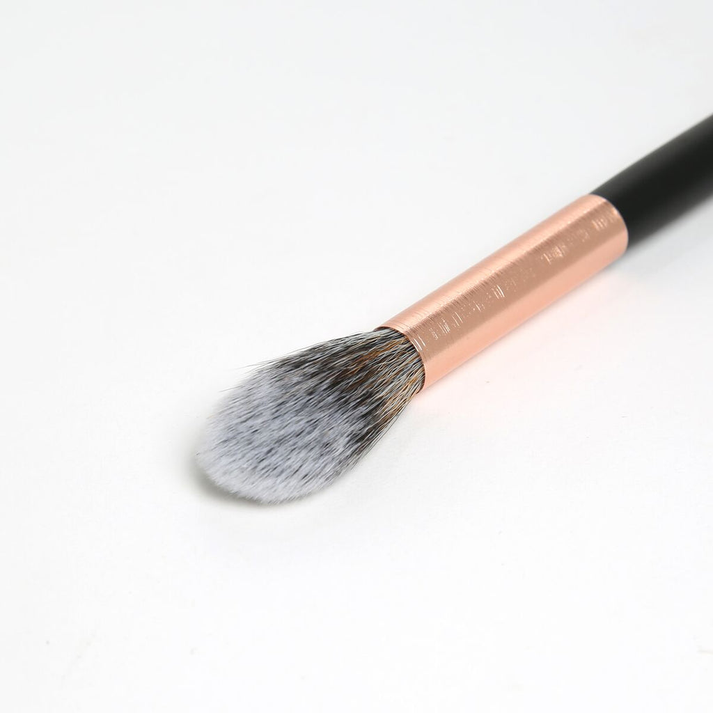 BEBELLA RG229 Tapered Highlight Brush