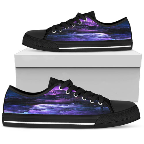 NP Universe Women's Low Top Shoes