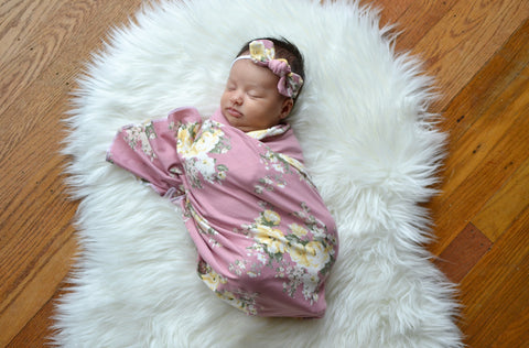 Mauve and pale yellow floral swaddle set! Swaddle and bow are included in the set! Buttery soft!