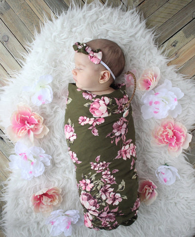 Olive floral swaddle set! Swaddle and bow are included in the set! Buttery soft!