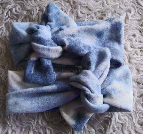 Blue tie dye brushed topknot headband! Soft and comfy, fits newborn through adult!