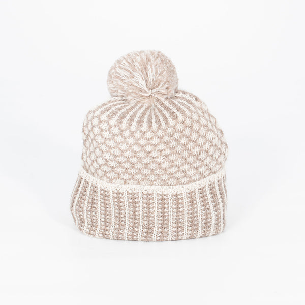 Nogal Beanie with Pom Pom