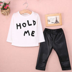 'Hold Me' Set