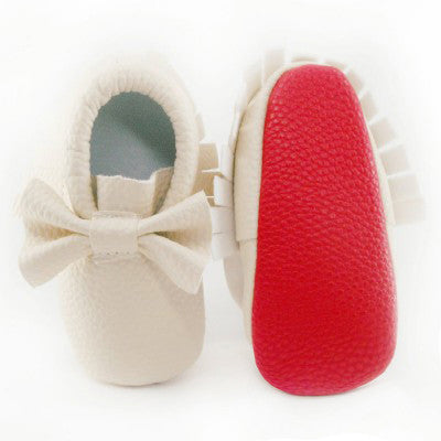 c465fc2b3a6 [LIMITED EDITION] 'Baby Loub's' Red Sole Fringe Moccasin with Bow