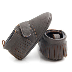 Mid-Top Fringe Velcro Moccasin