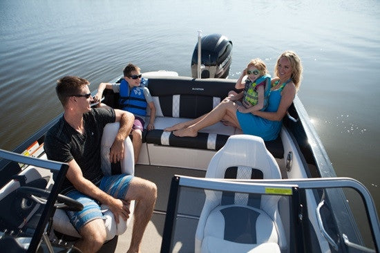 Why is a Glastron a great alternative to a Bayliner?