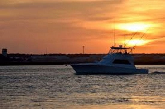 5 tips to stay safe on the water at dusk and dawn