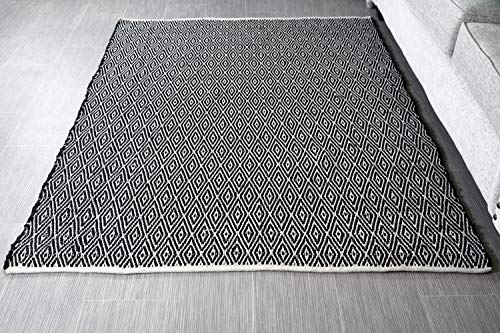 MystiqueDecors 5x7' Rug for Living Room - Natural White & Black Diamond Hand Woven Design Indoor Non-Slip Eco-Friendly 100% Cotton Area Rug (60 X 84)