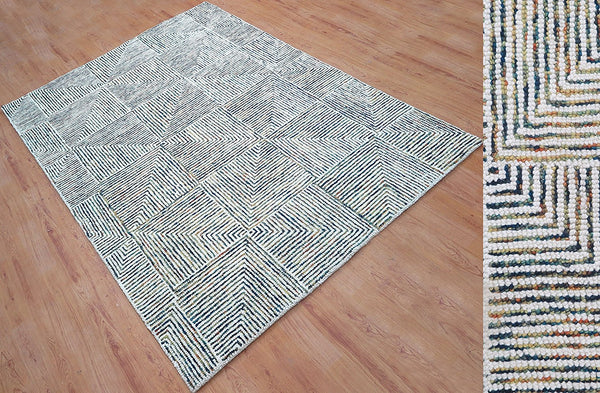 5x8 ft White & Blue Woolen Area Rug