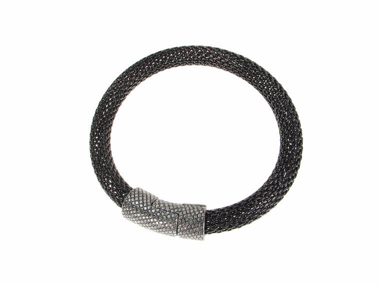 Thick Mesh Bracelet with Textured Magnetic Clasp
