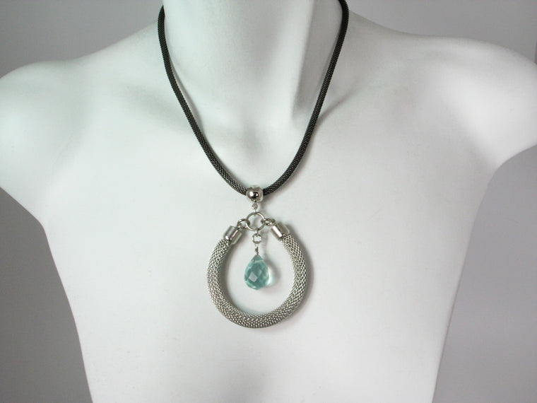 Mesh Necklace with Stone Circle Pendant