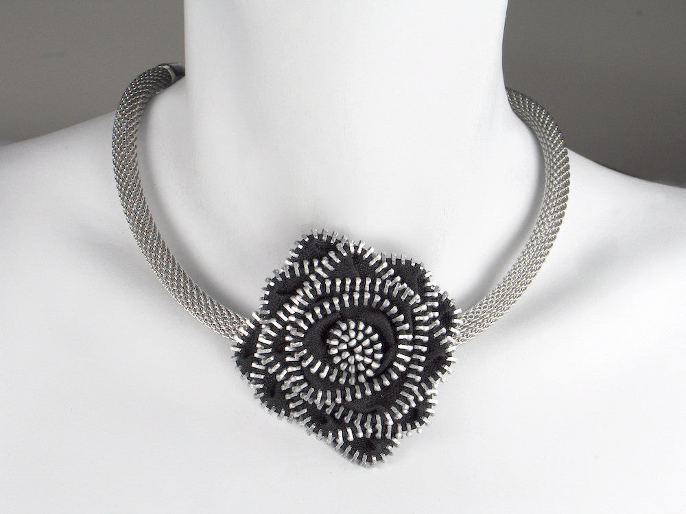 Zipper Flower Mesh Necklace - Neon Production Supply