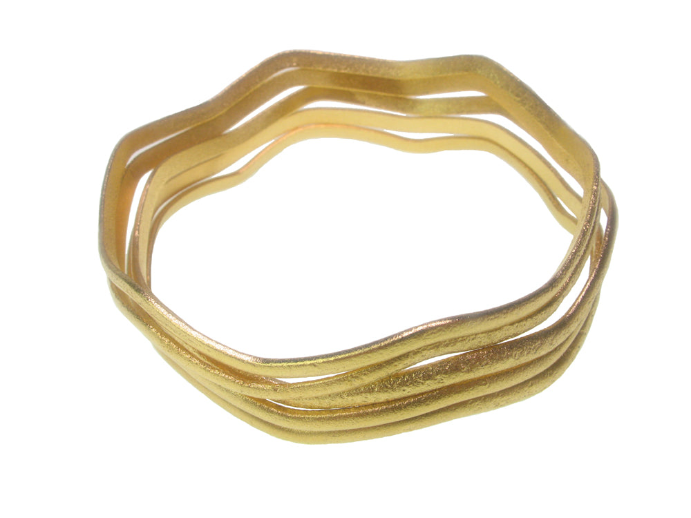 Set of 4 Gold Distressed Texture Wave Bangles