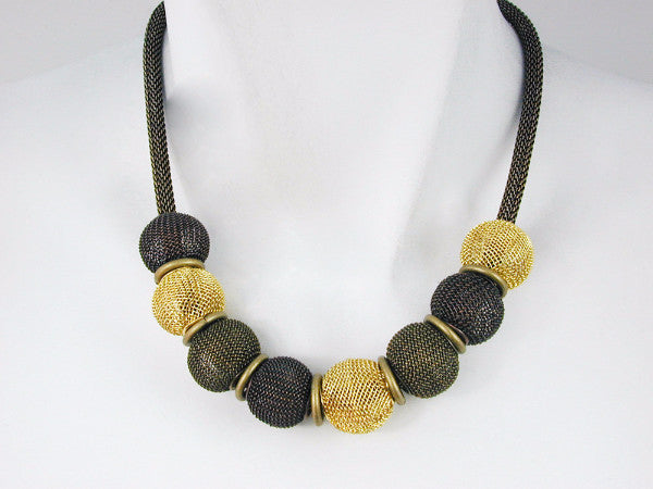 Round Mesh Bead Necklace