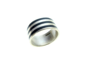 Sterling  Silver Black Inlaid  3 Stripe Ring
