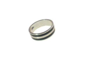 Sterling  Silver Black Inlaid  2 Stripe Ring