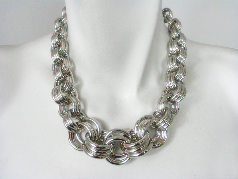 Large Link Graduated Multi Ring Necklace