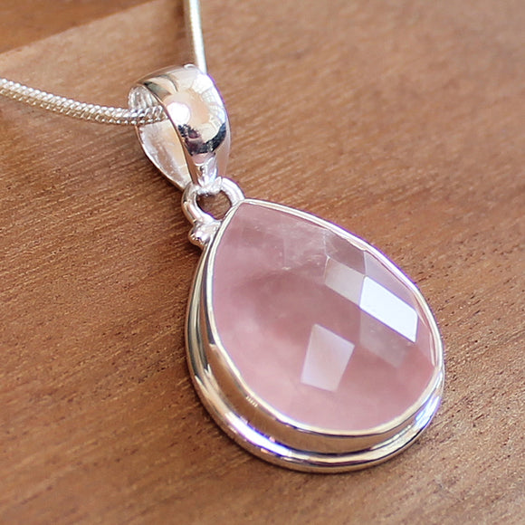 100% 925 Solid Sterling Silver Semi-Precious Pink Rose Quartz Natural Stone Pendant