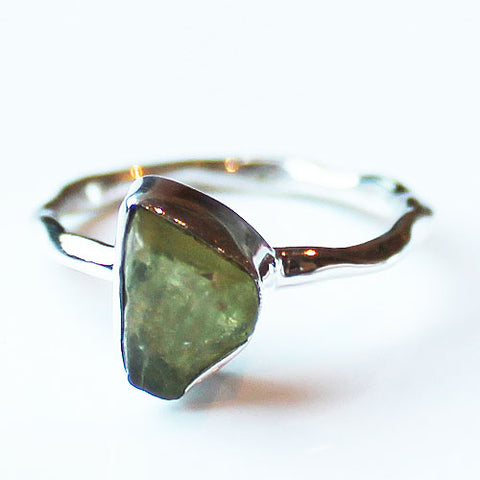 100% 925 Solid Sterling Silver Rough Green Peridot Stone Ring - Sizes 7 or 9 - Cherish Me Jewellery - Melbourne Australia