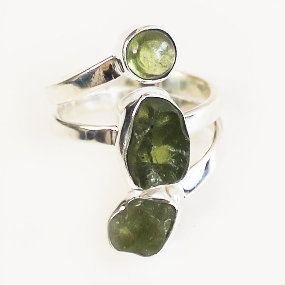 100% 925 Solid Sterling Silver Rough Cut Green Peridot Three Stone Ring - Size 9 - Cherish Me Jewellery - Melbourne Australia