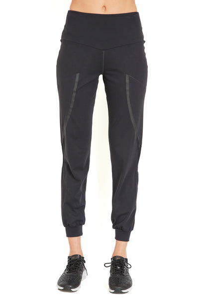 Triangle Track Pant - Black