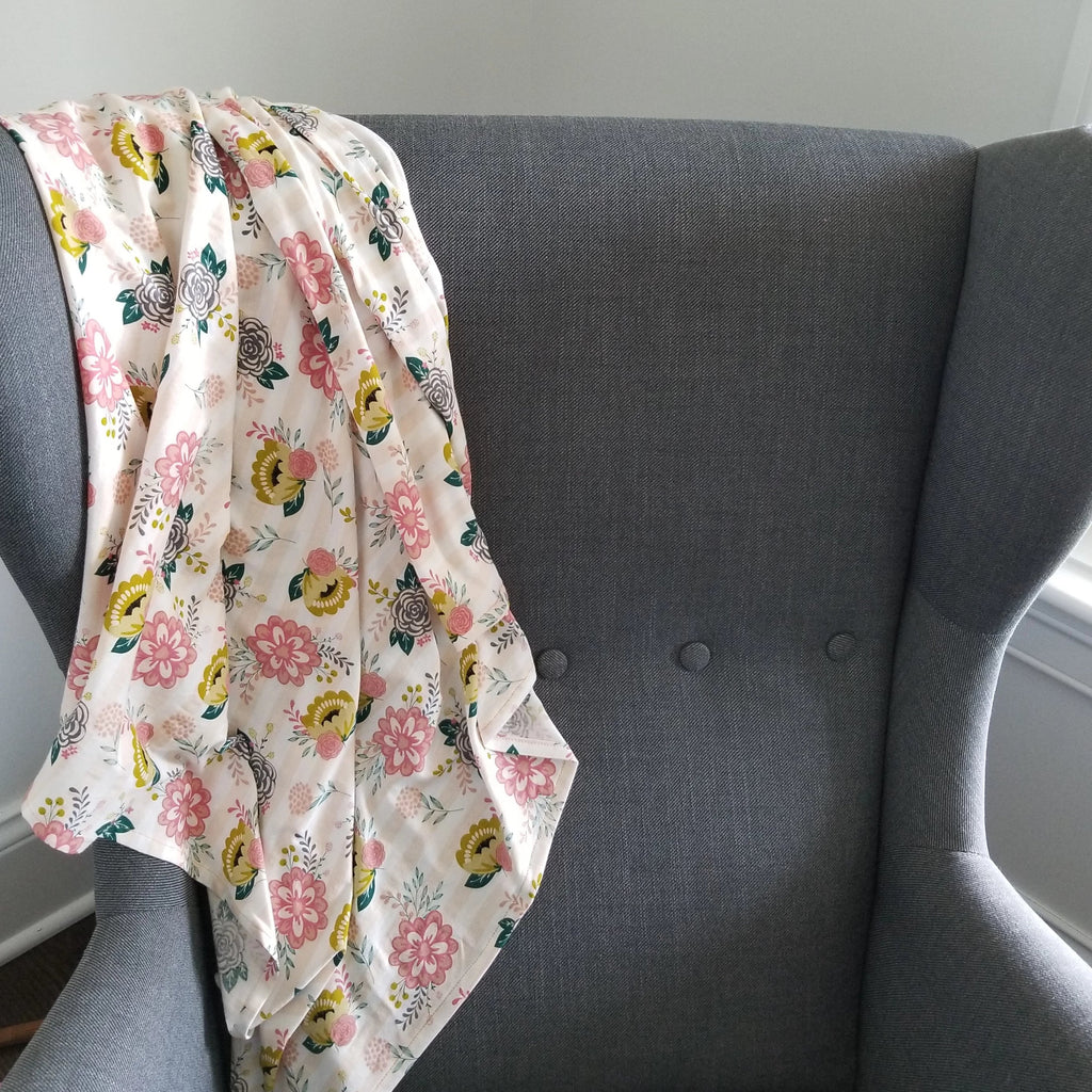 Knit Blanket/Nursing Covers