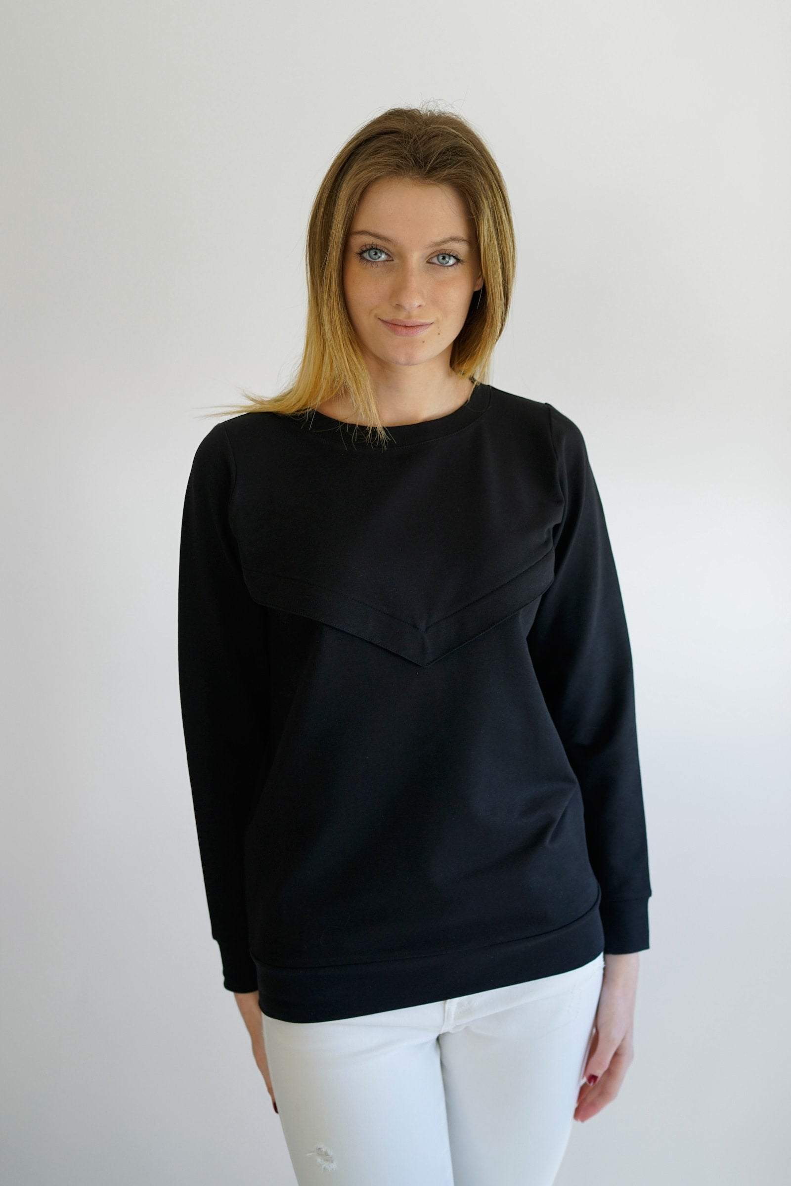 gemma 2.0 - nursing sweatshirt - black