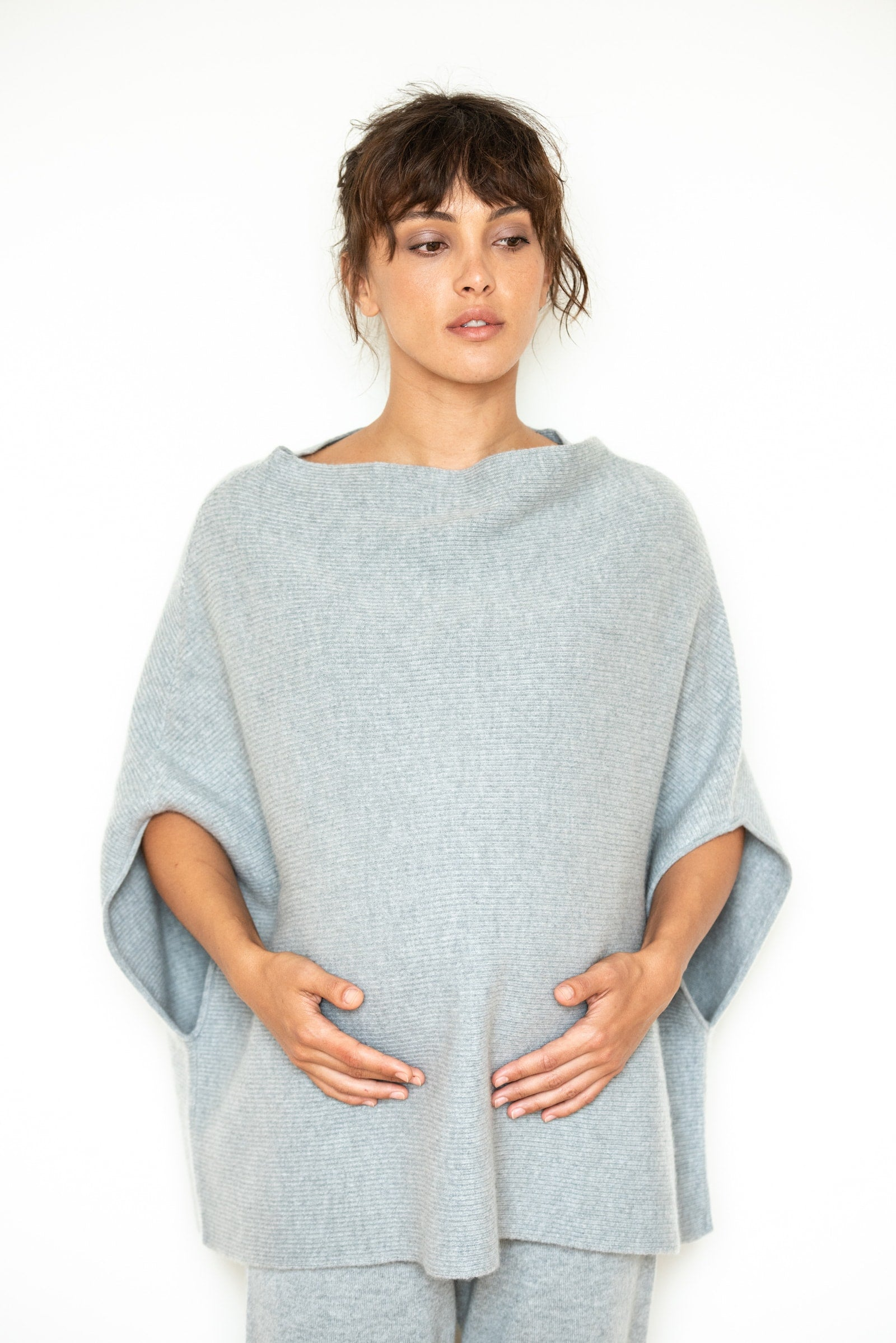 Rachele poncho - maternity poncho - light grey
