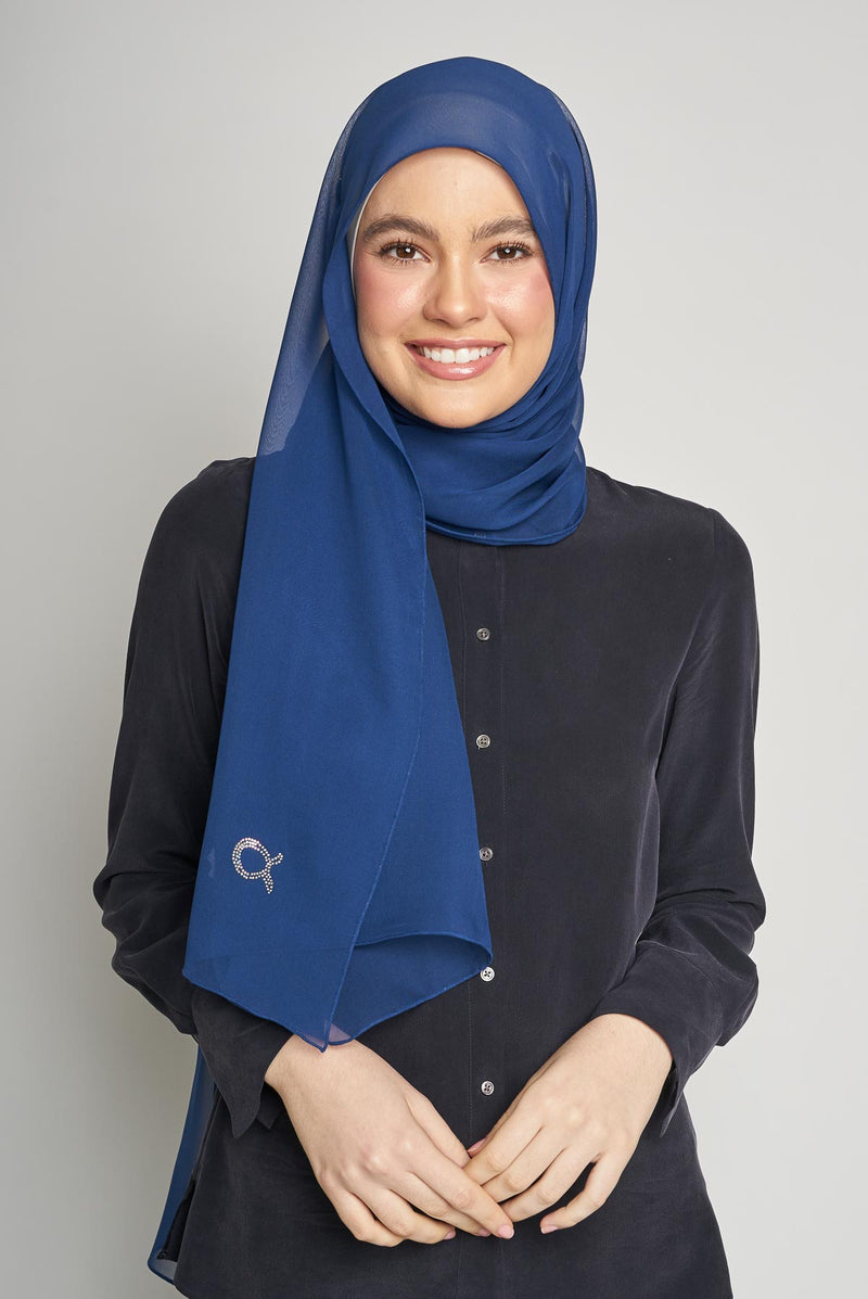 text -- crepe silk midnight blue