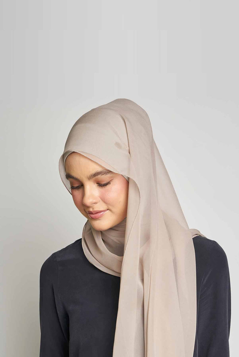 nude essentials scarf CREPE SILK