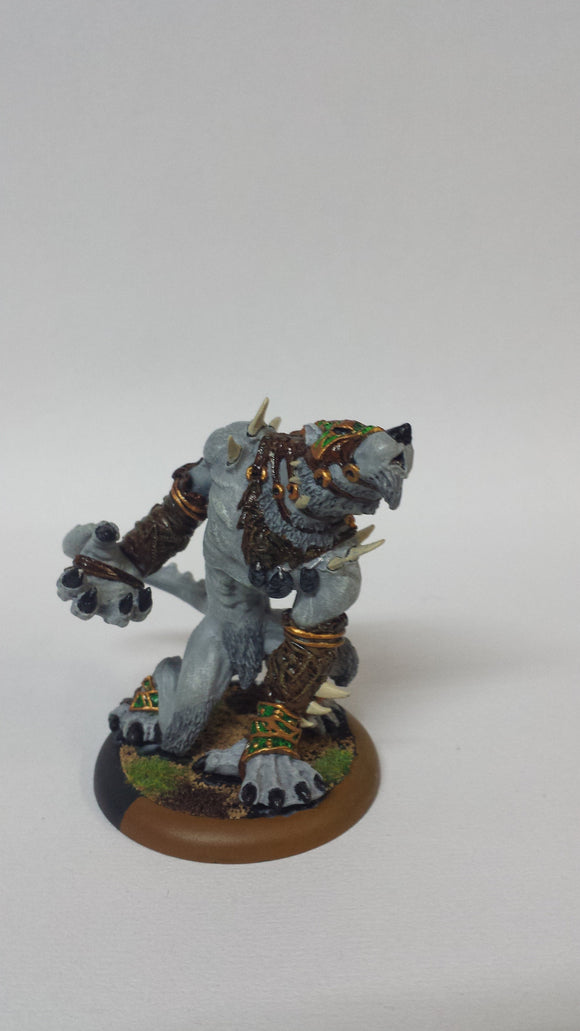 Circle Orboros: Pureblood Warpwolf (Classic, Painted)