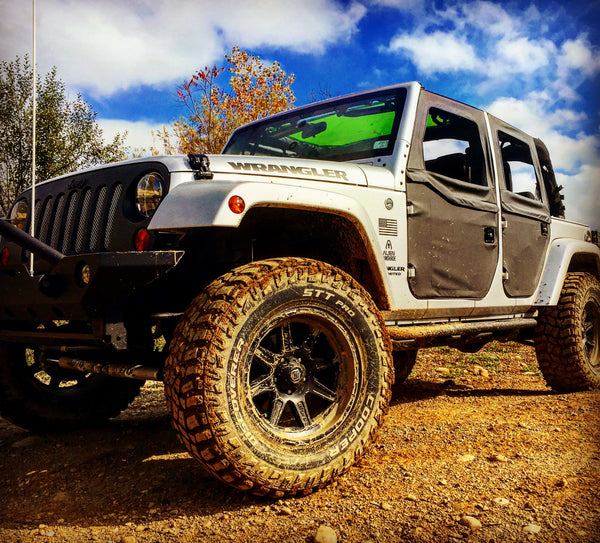 Fall – The Best Time to Jeep!