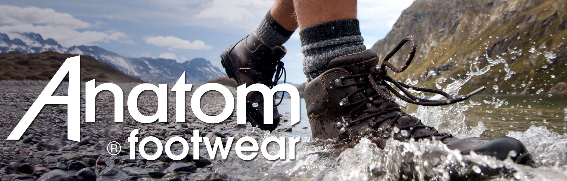 DISCOVER ANATOM Hiking and walking boots