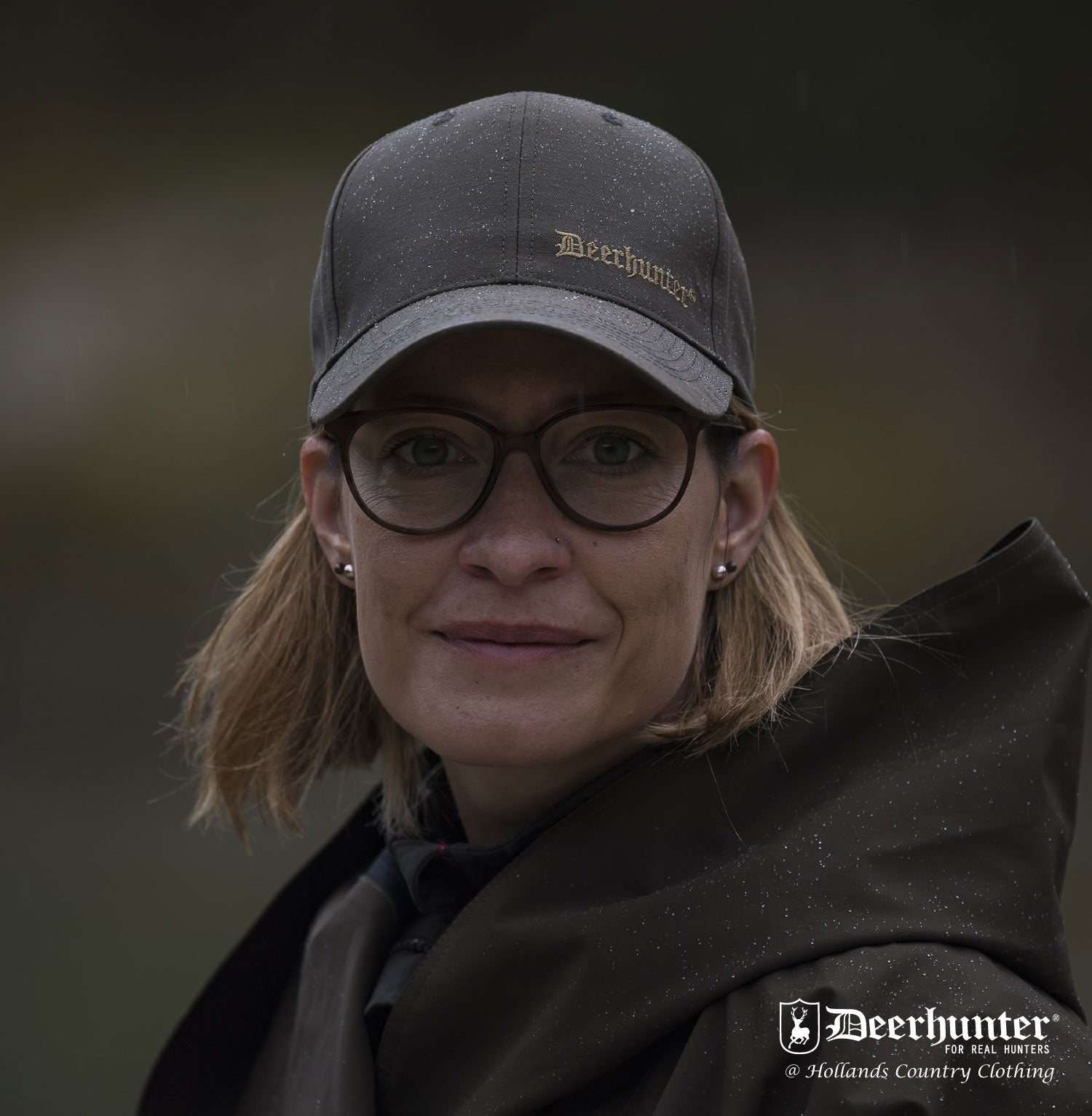 woman wearing Deerhunter Upland Cap