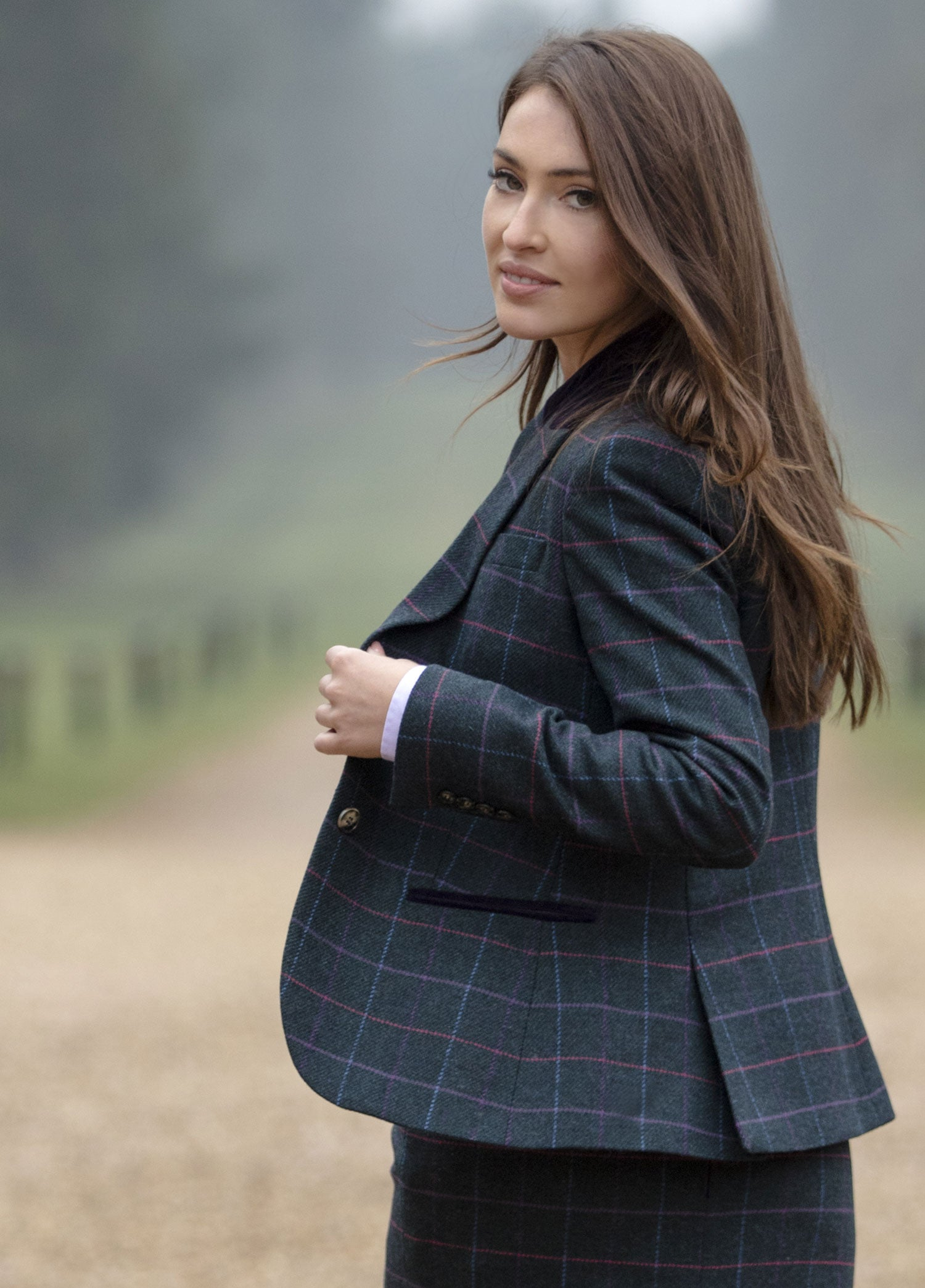 side view vented classic ladies country tweed blazer