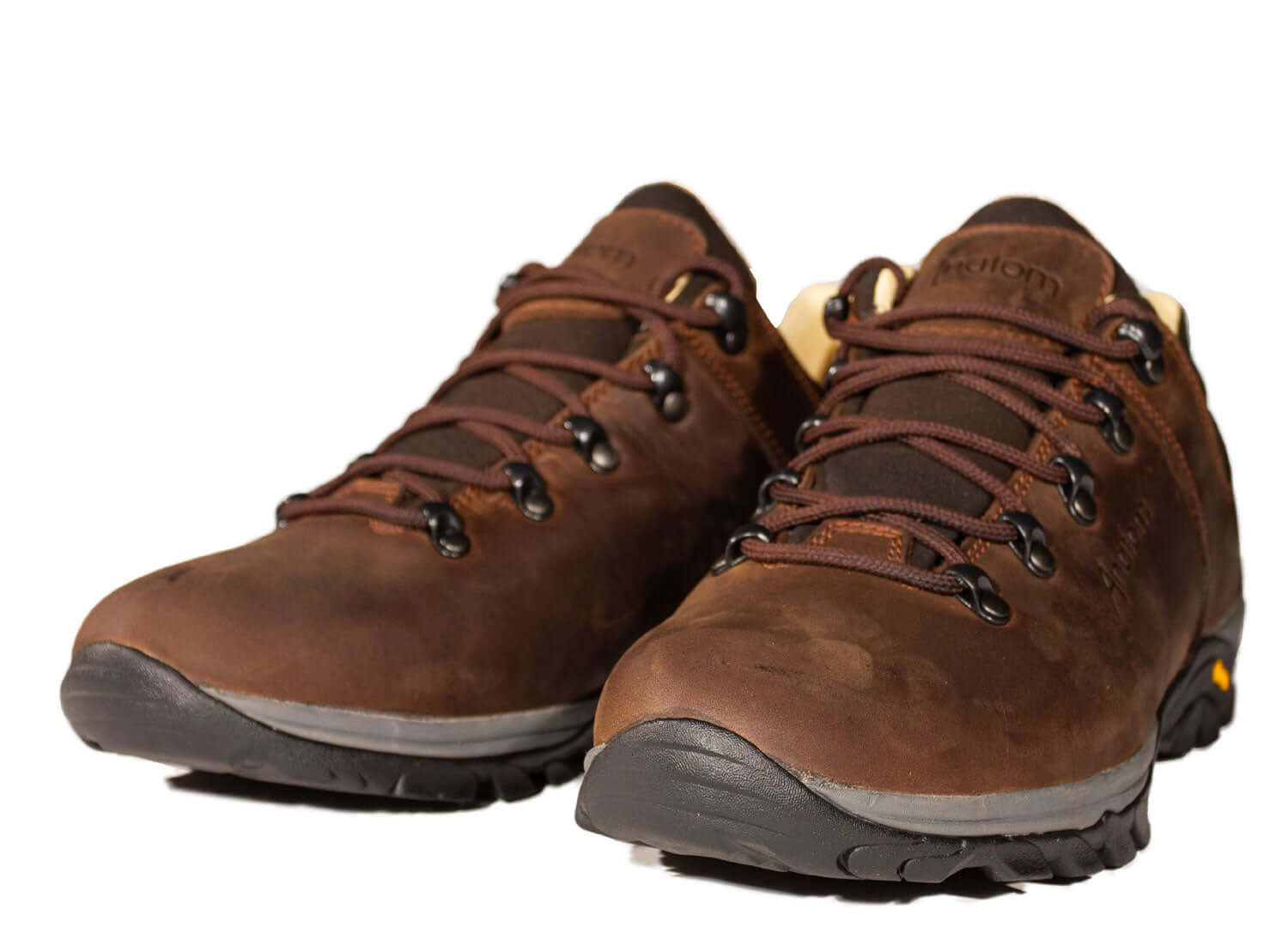 Men's leather hiking shoes in brown